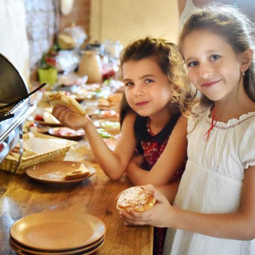 Domowe jedzenie slow food w Kowalowym Wzgórzu